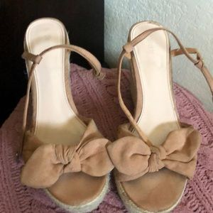Shoes - F21 BOW WEDGES